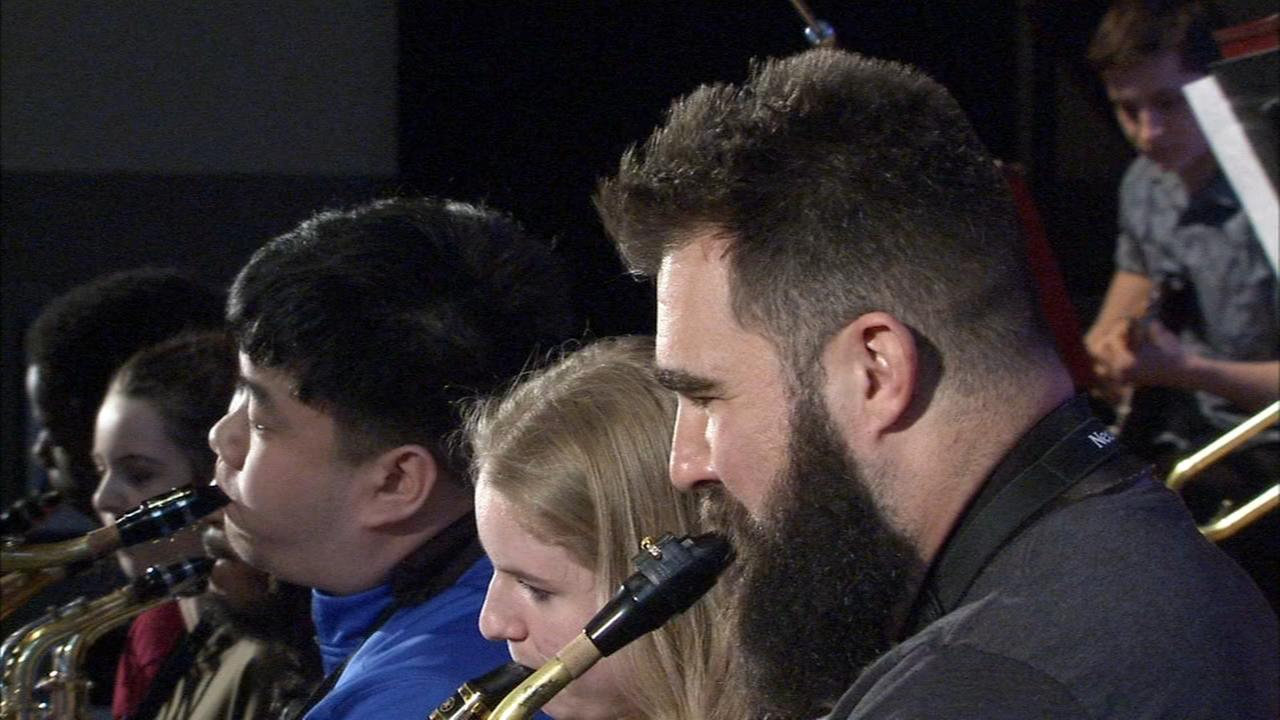 VIDEO: Jason Kelce shows off musical talents with local school band