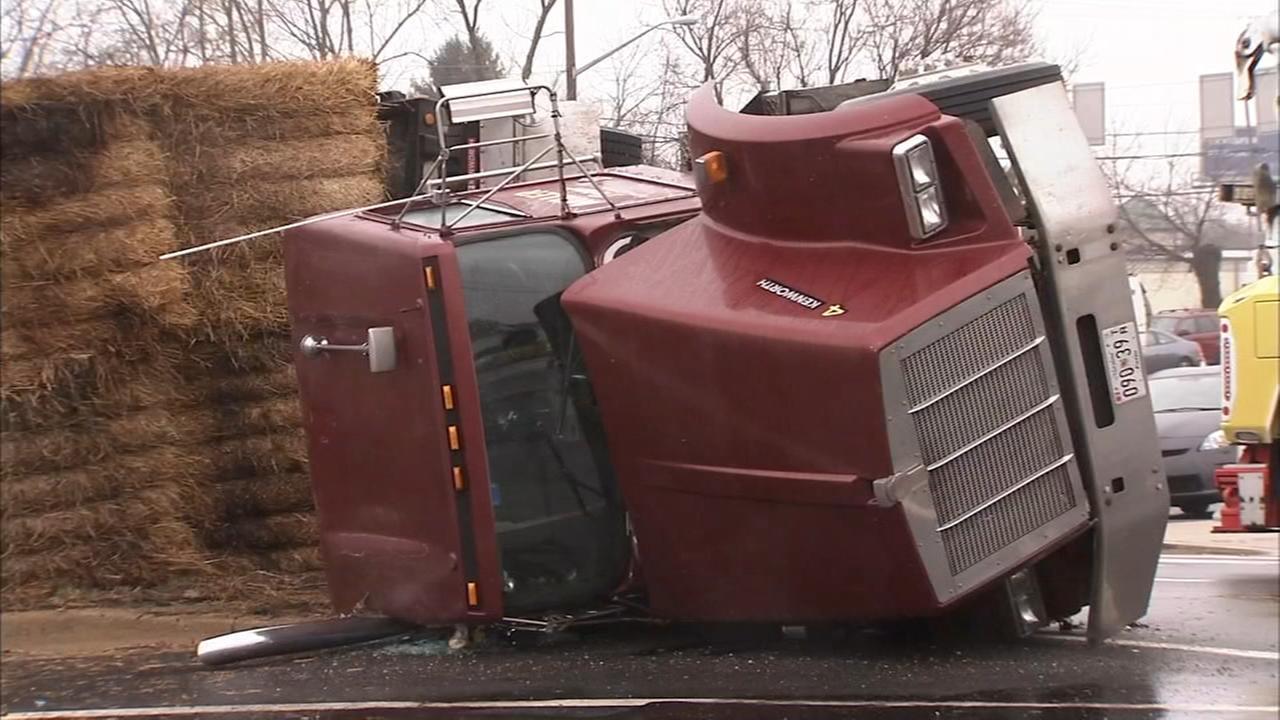 022318-wpvi-hay-truck-ot-raw-vid