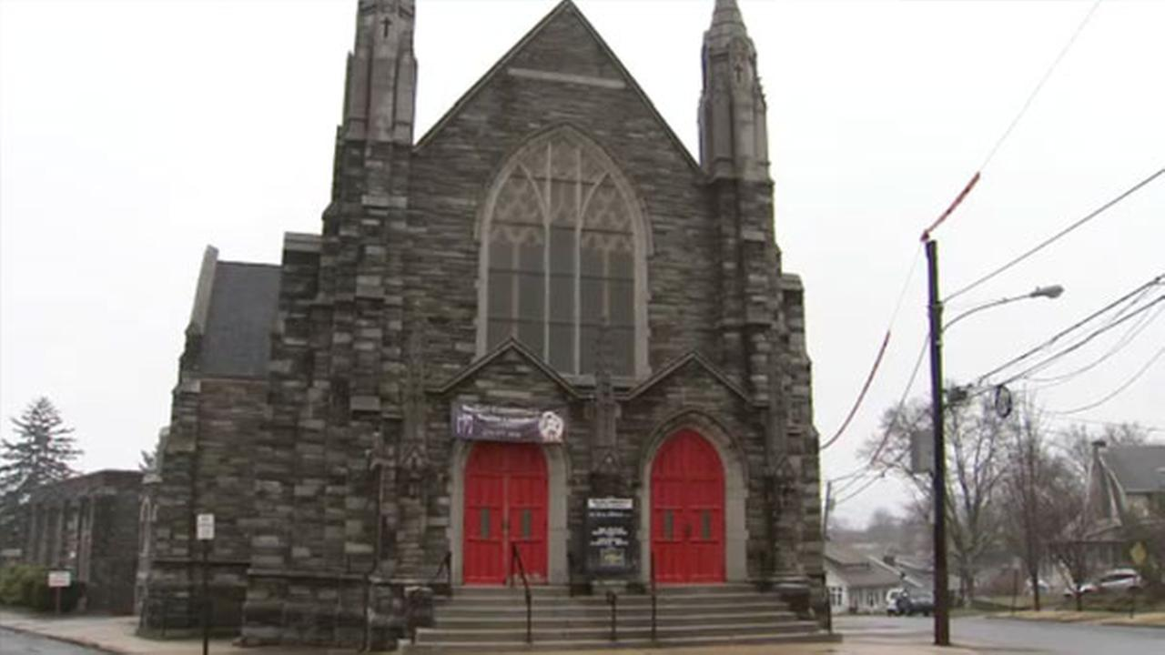 Thieves hit 2 churches in Upper Darby