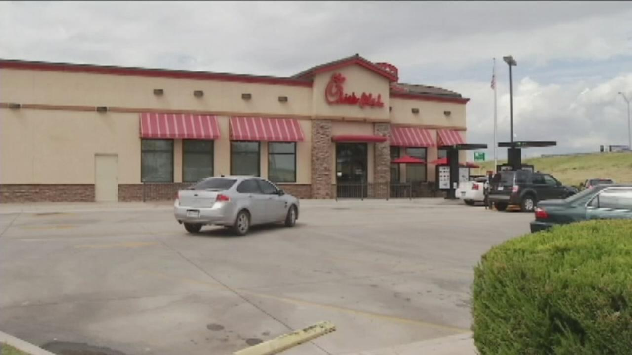 VIDEO: Customer pays it forward at Chick-fil-A drive-thru