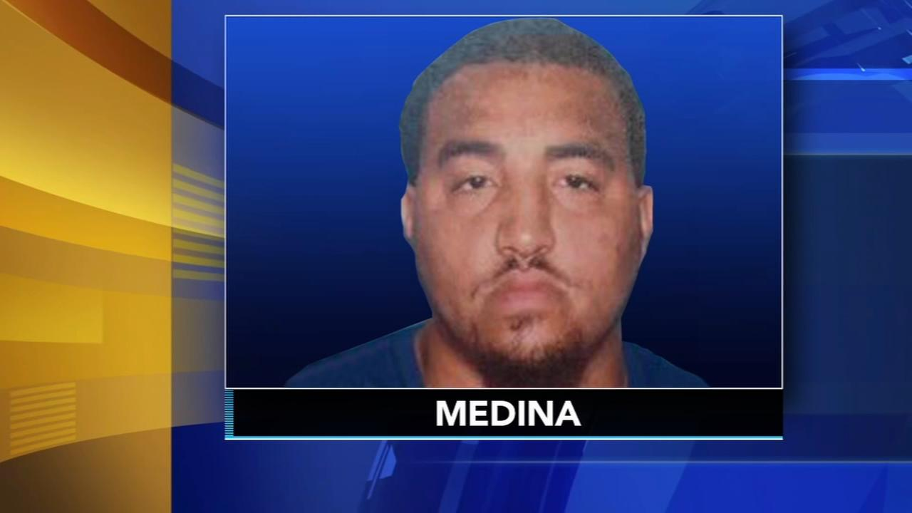 Suspect surrenders after shots fired in racquet club