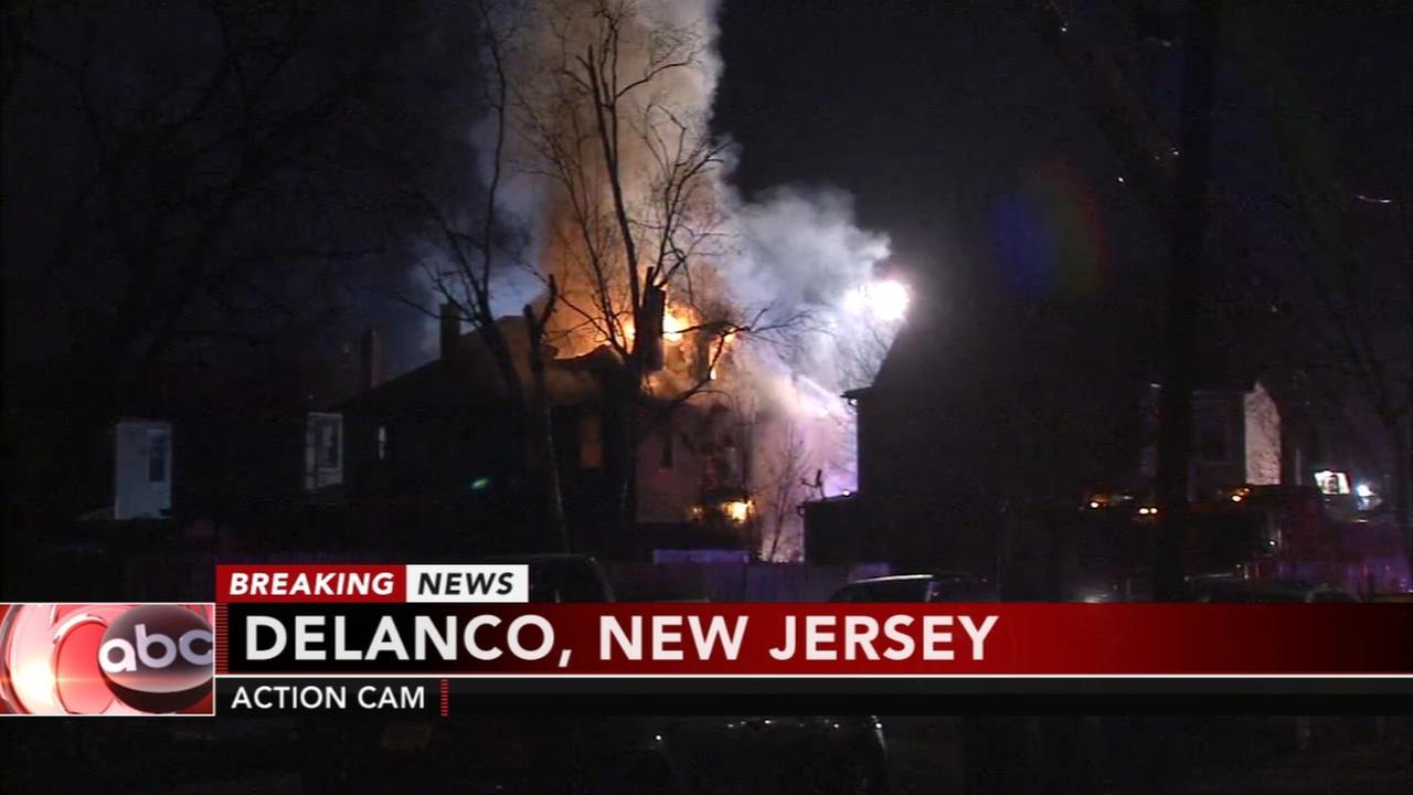 2 injured in Delanco fire