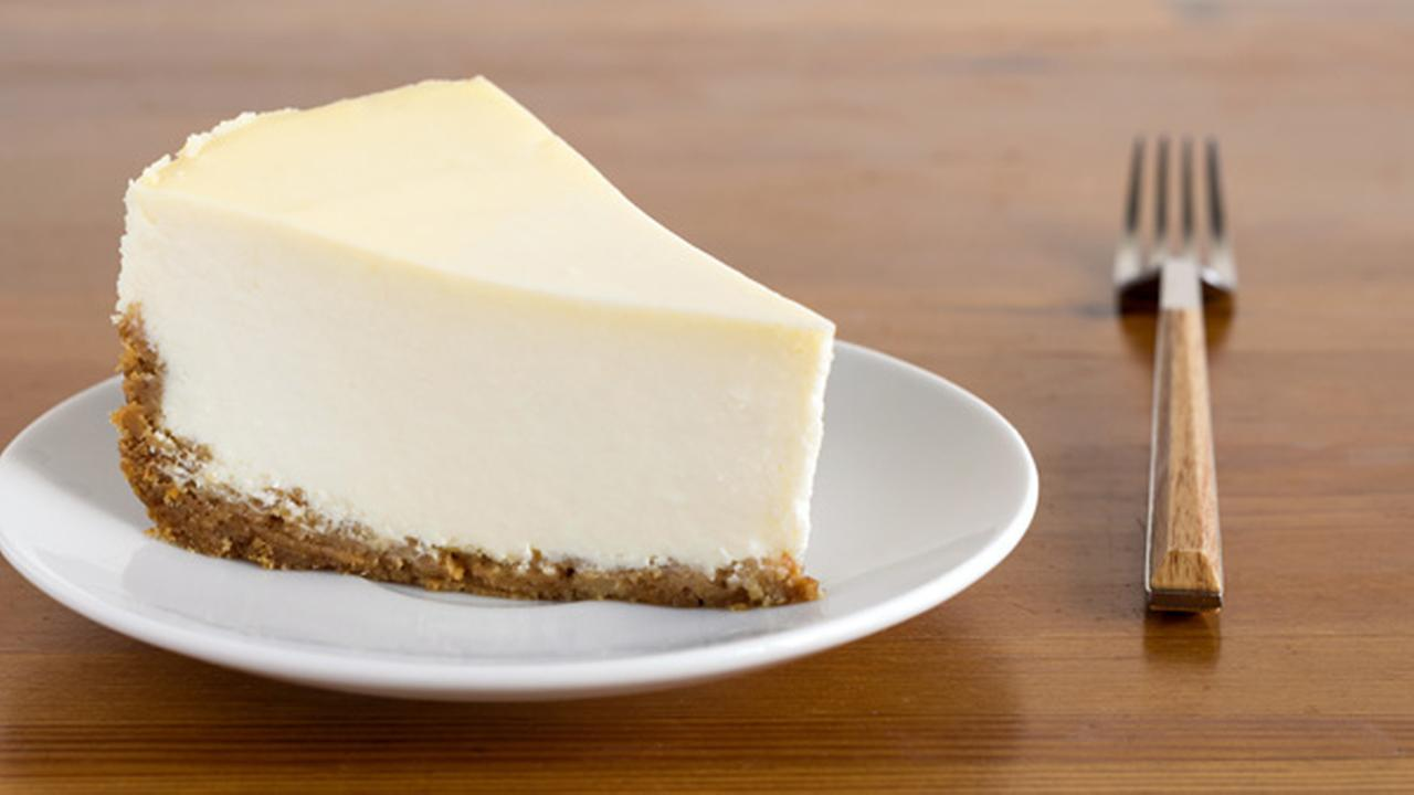 Woman accused of poisoning her look-alike with a cheesecake