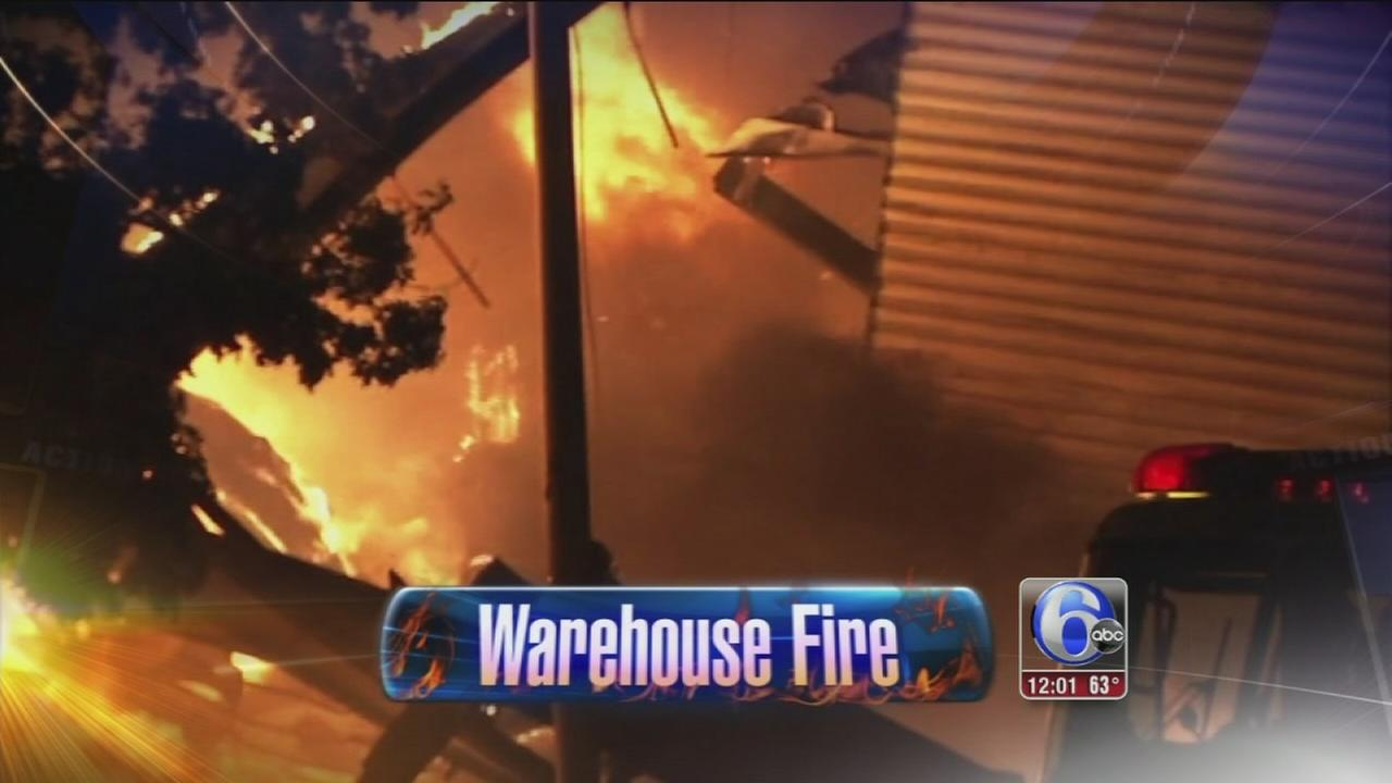 VIDEO: 3 hurt in massive warehouse fire in Kensington