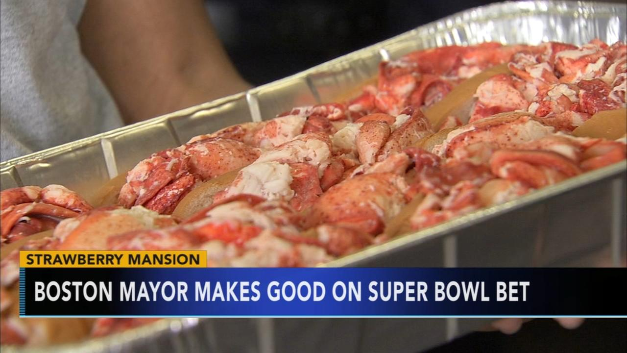 VIDEO: Boston mayor makes good on super bowl bet
