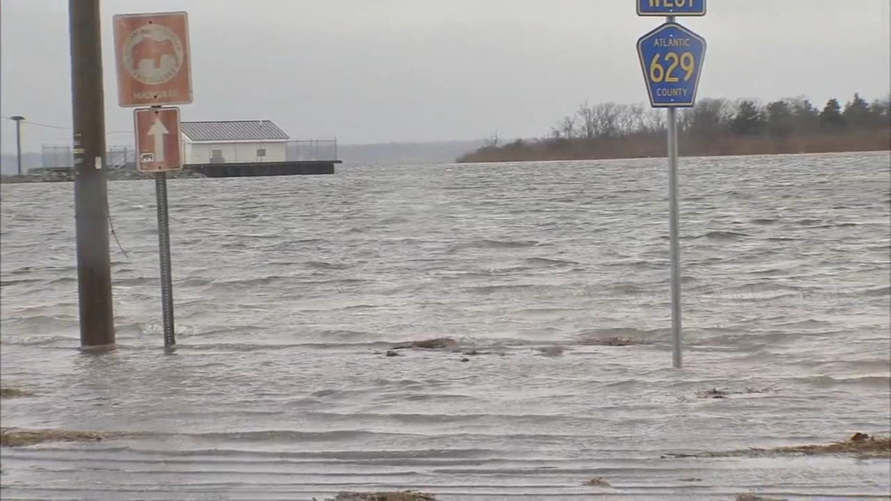 Minor flooding, erosion worries as noreaster hits shore