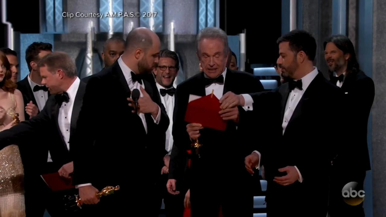 The right envelope please...Oscars countdown is on