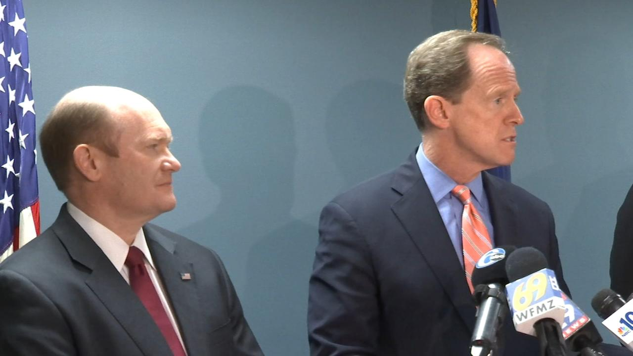 Gun safety plan unveiled by Toomey and Coons