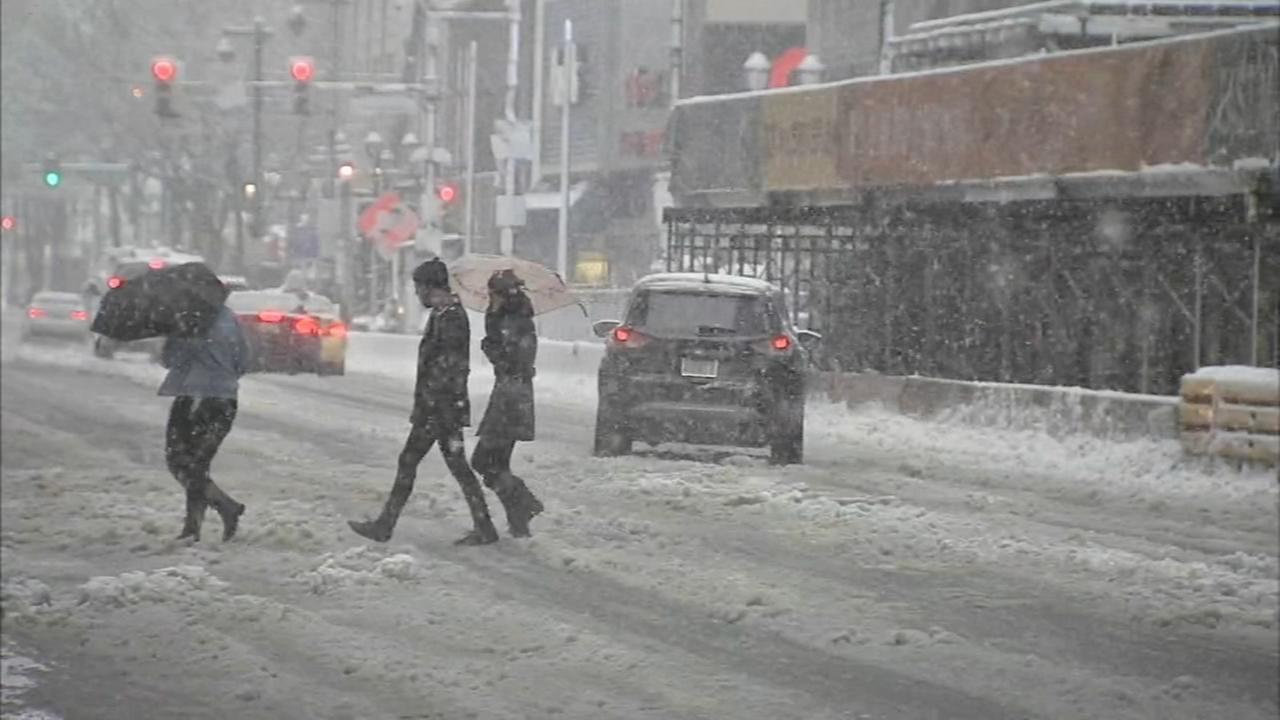 Heavy snow blankets Center City