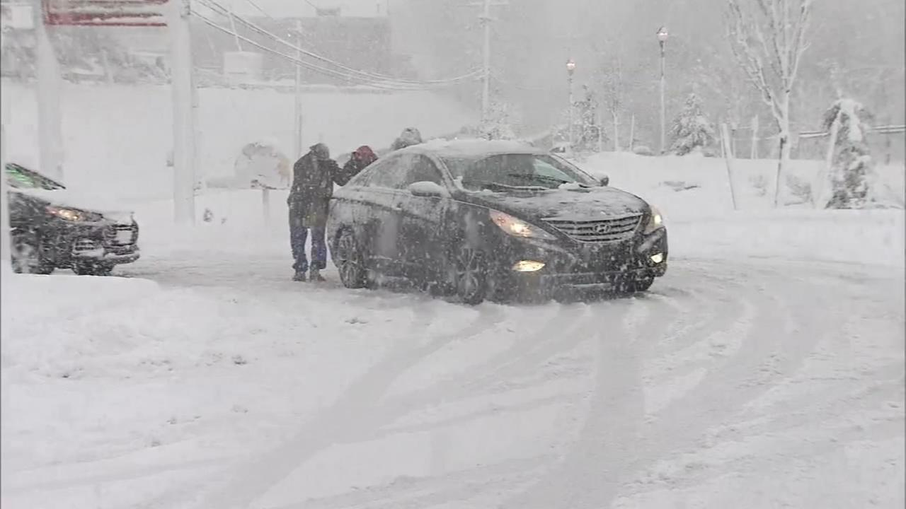 Snow causes travel woes in Montco