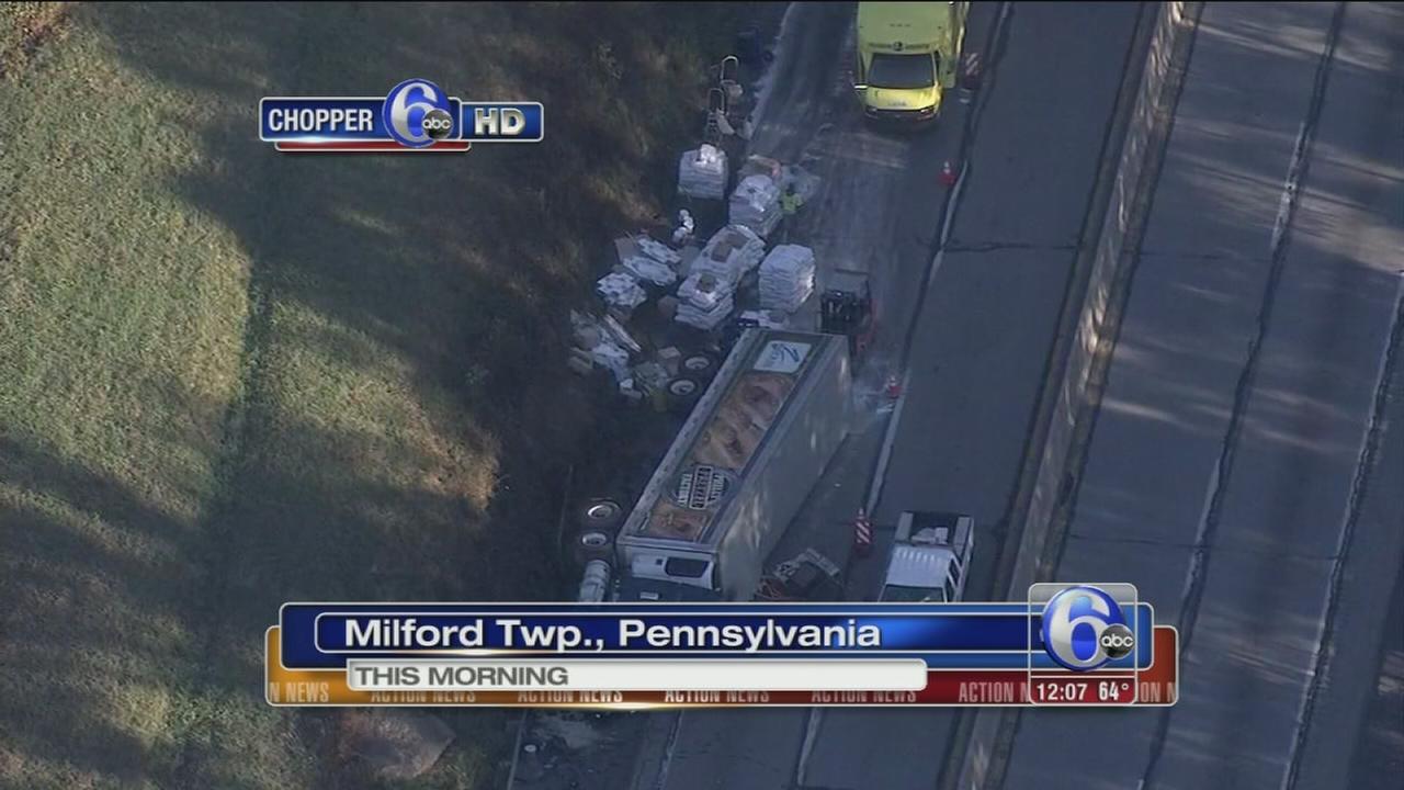 VIDEO: Tractor-trailer crash on I-476