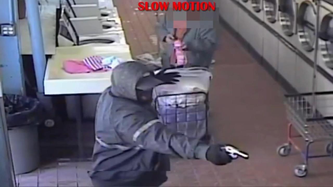Suspect sought for killing in Kingsessing laundromat