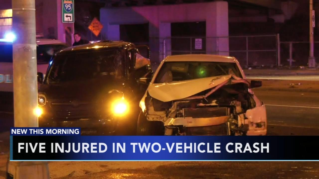 5 injured in Southwest Phila. crash