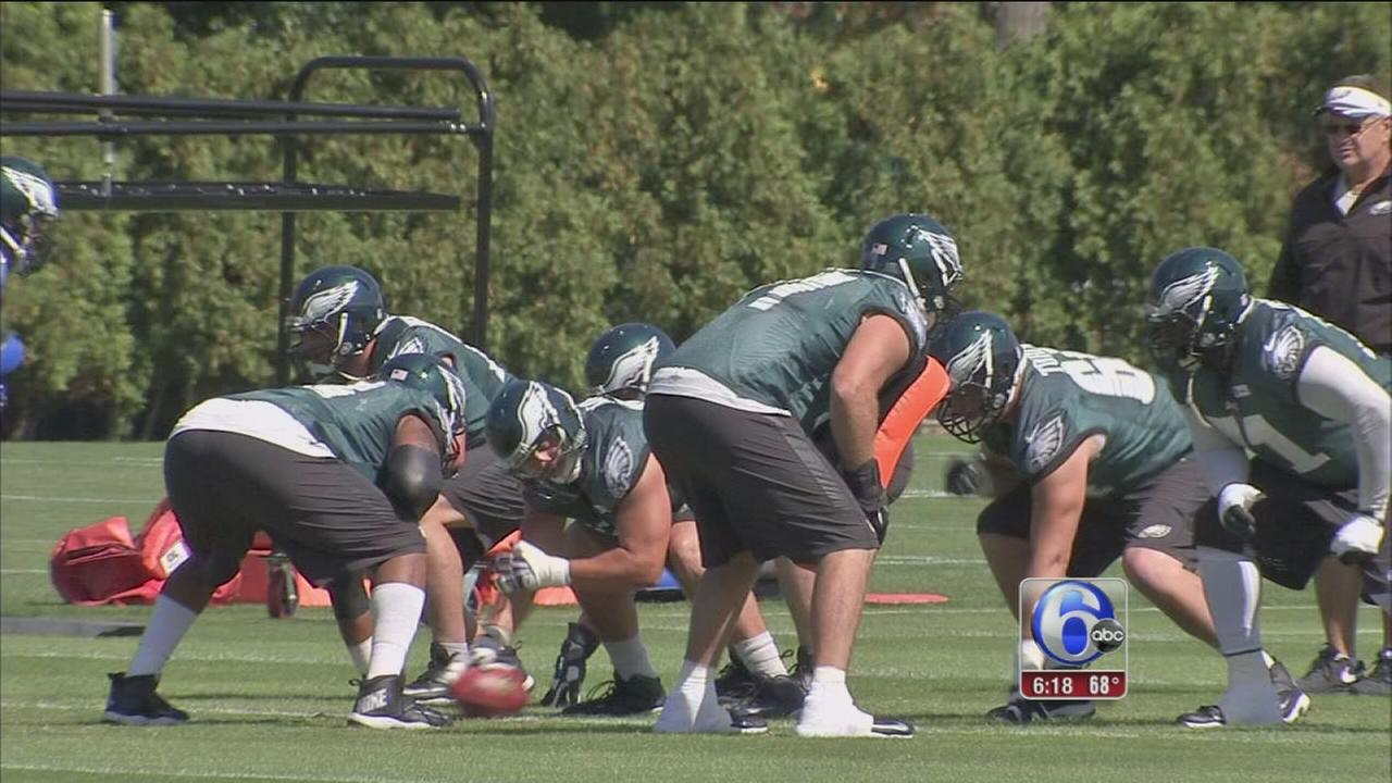 VIDEO: Eagles work to improve running game