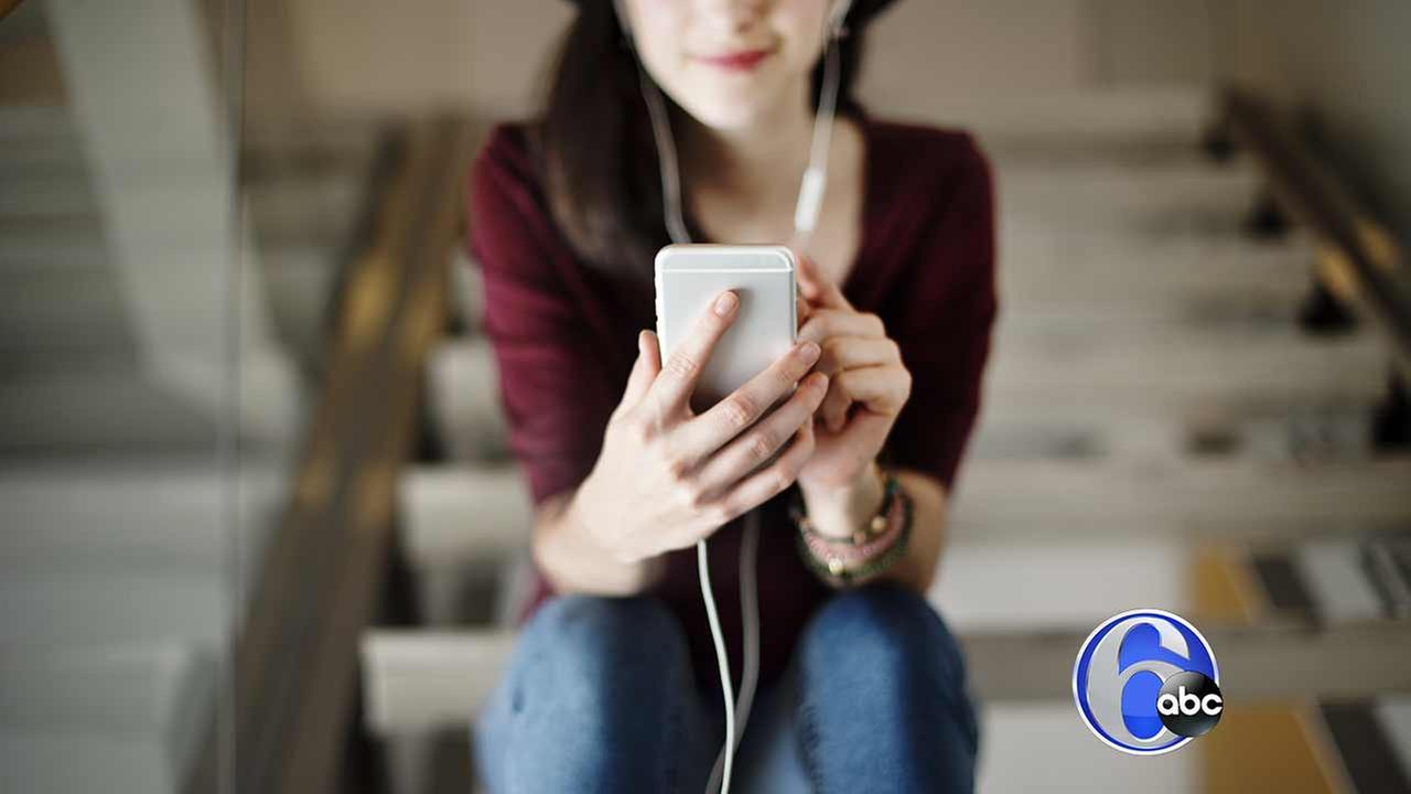 Listen to the 6abc Podcasts