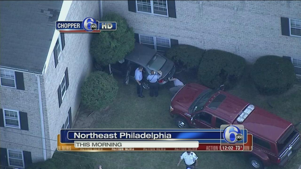 VIDEO: Car hits apartment building in NE Phila.