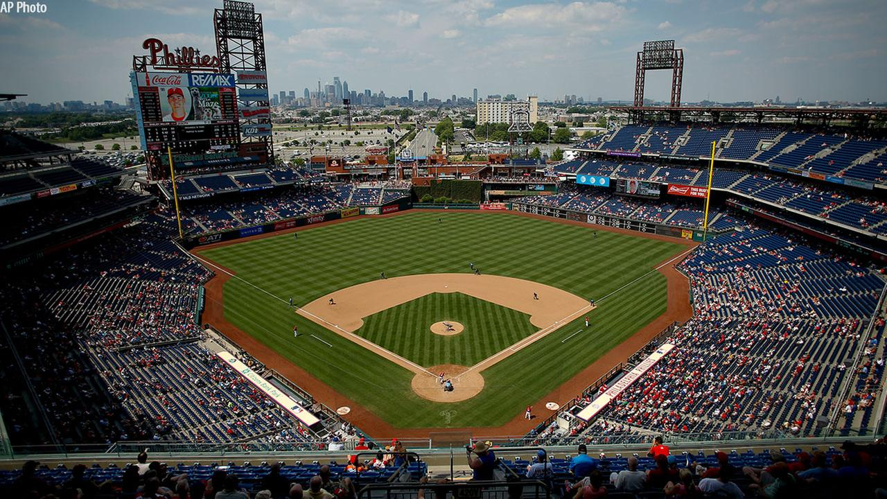Phillies troll Denver Post for using stadium in Coors Field guide