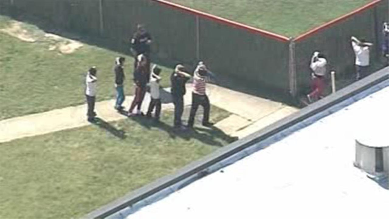 1 child hurt, school evacuated in Kentucky