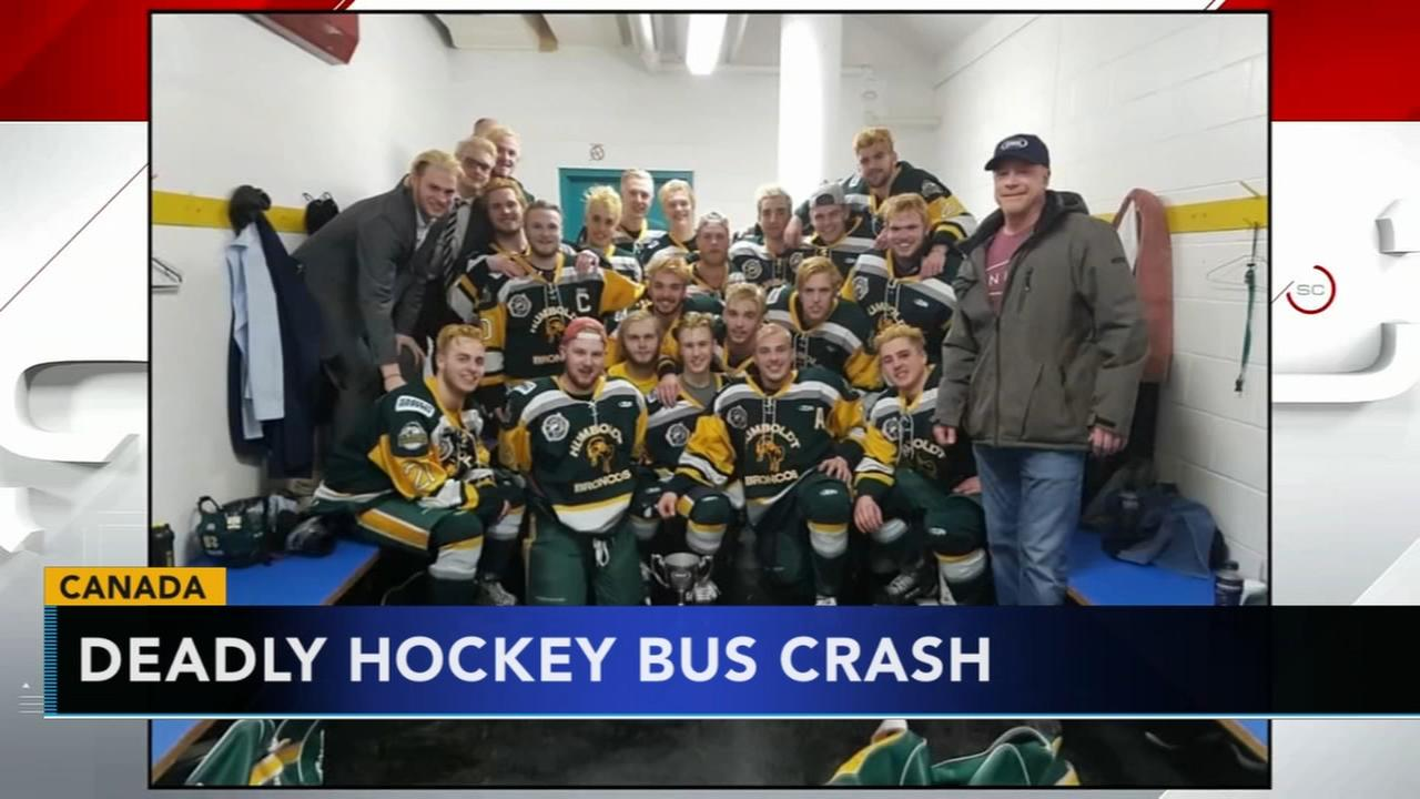 15 die when truck, hockey team bus collide