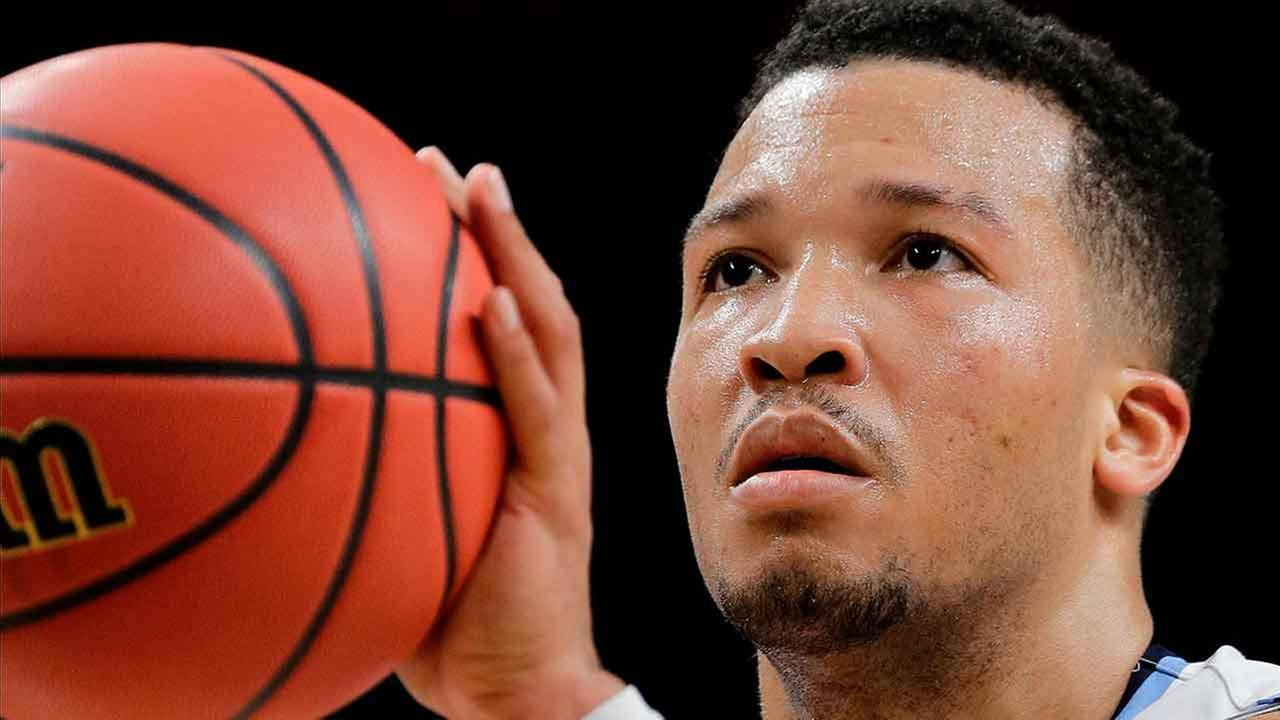 Villanovas Jalen Brunson shoots a free throw during the second half in the semifinals of the Final Four NCAA college basketball tournament against Kansas.