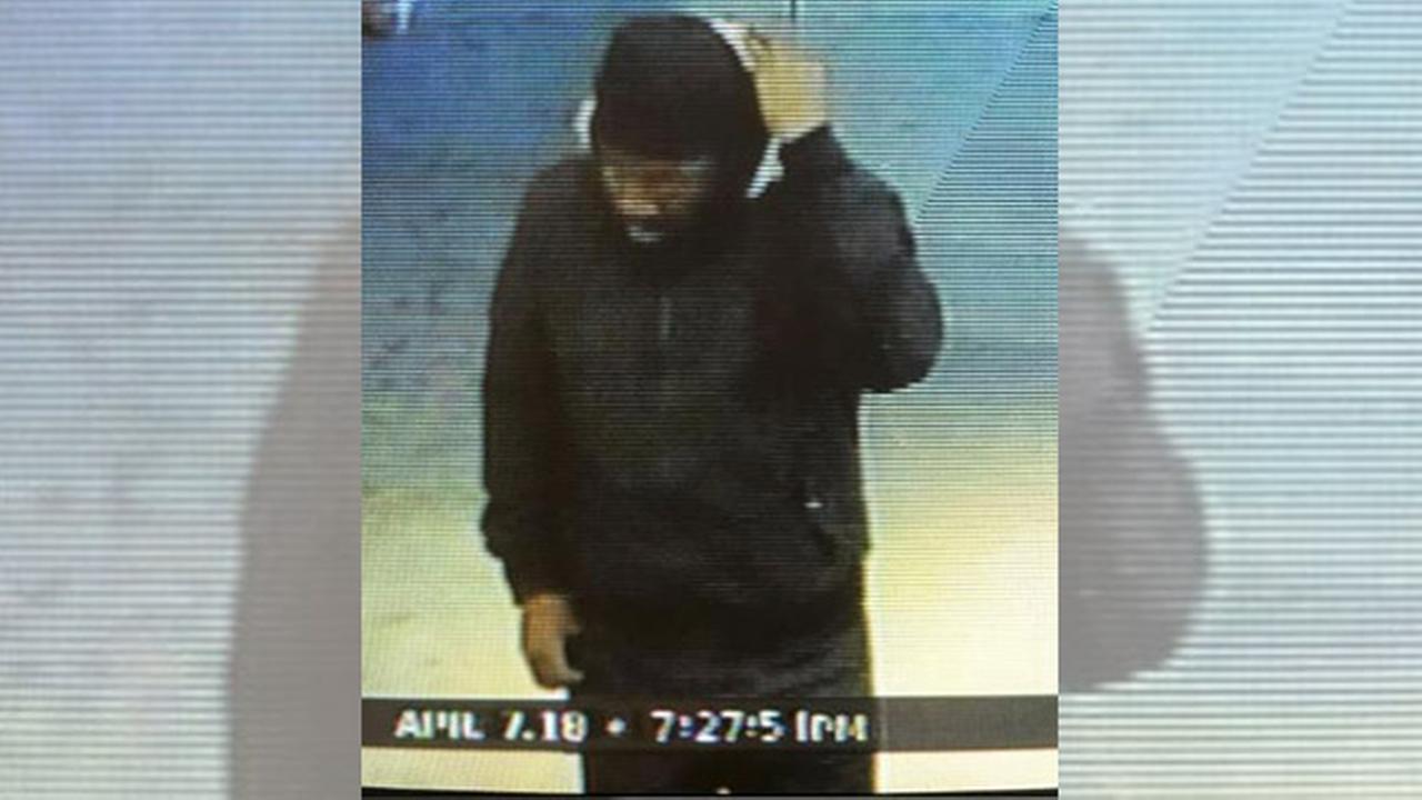Bensalem thief steals $700 in Tylenol, Advil