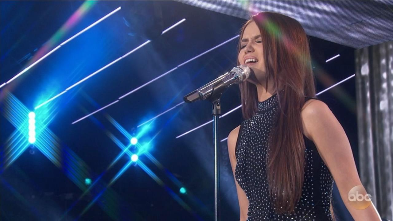Mara Justine competes for American Idol Top 14 spot