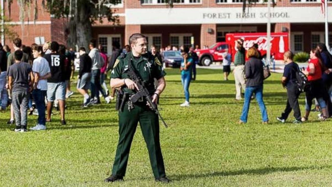 1 injured in Florida high school shooting; suspect in custody, officials say