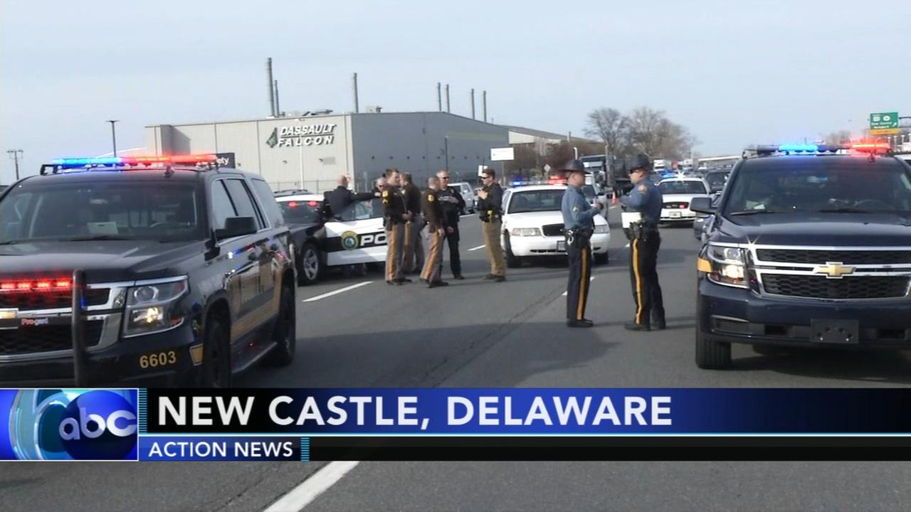 Police: Driver tries to flee 4-vehicle crash in Delaware