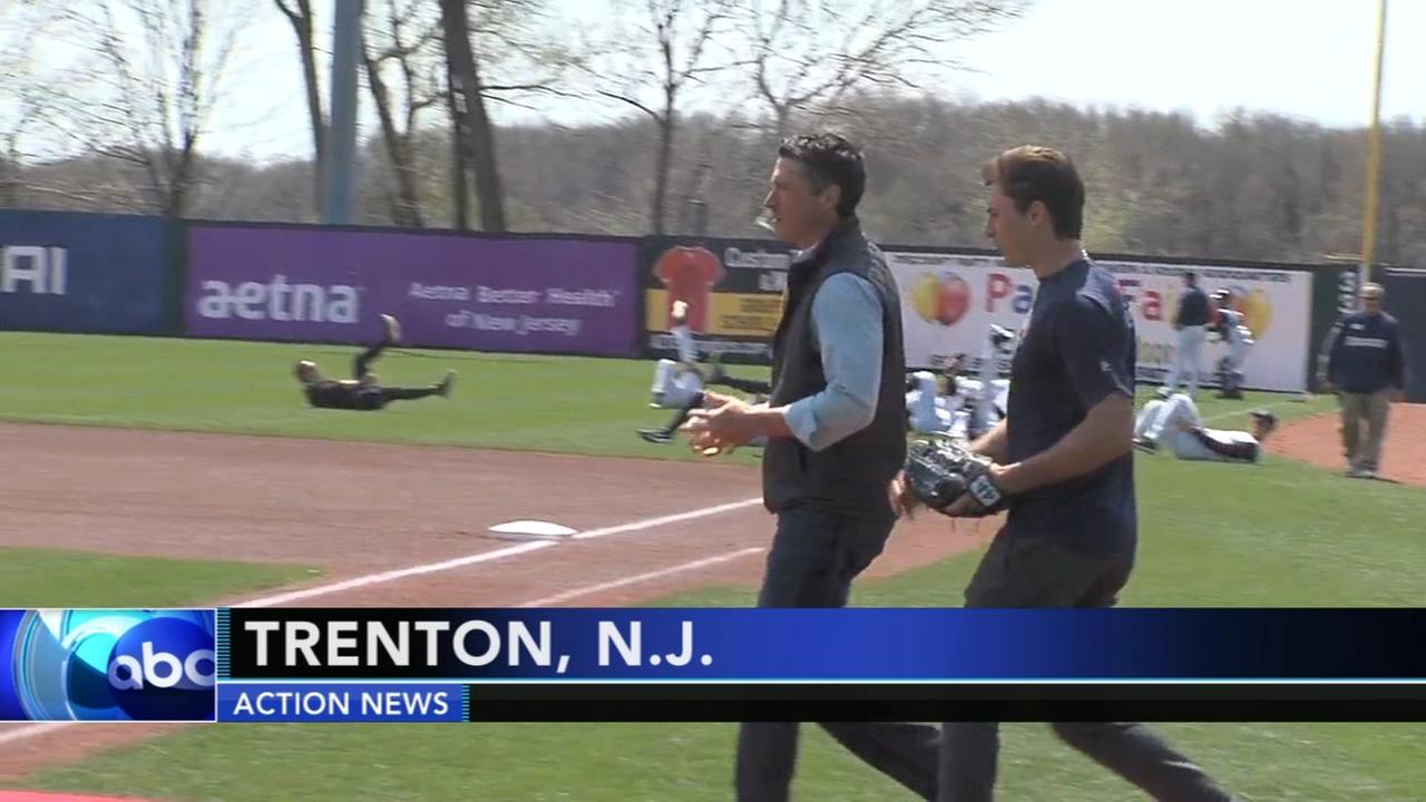 Matt ODonnells son throws the 1st pitch for Trenton Thunder