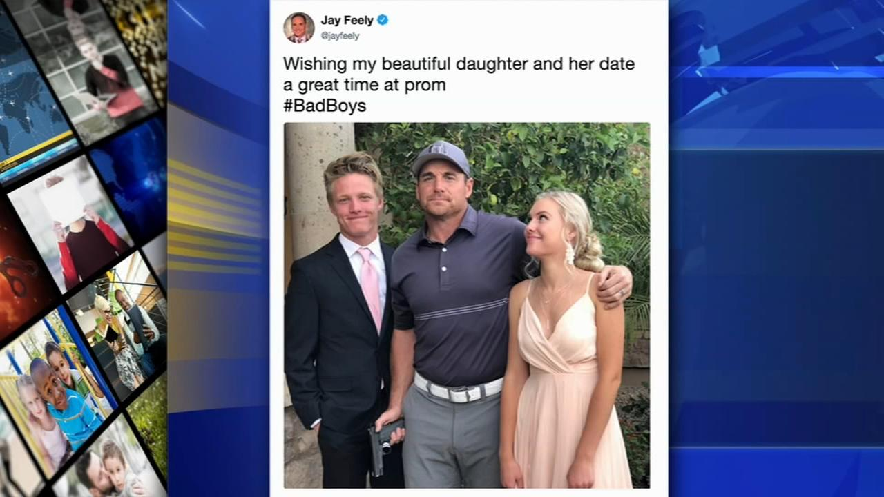 Ex-NFL kicker says prom photo with gun was jokeb