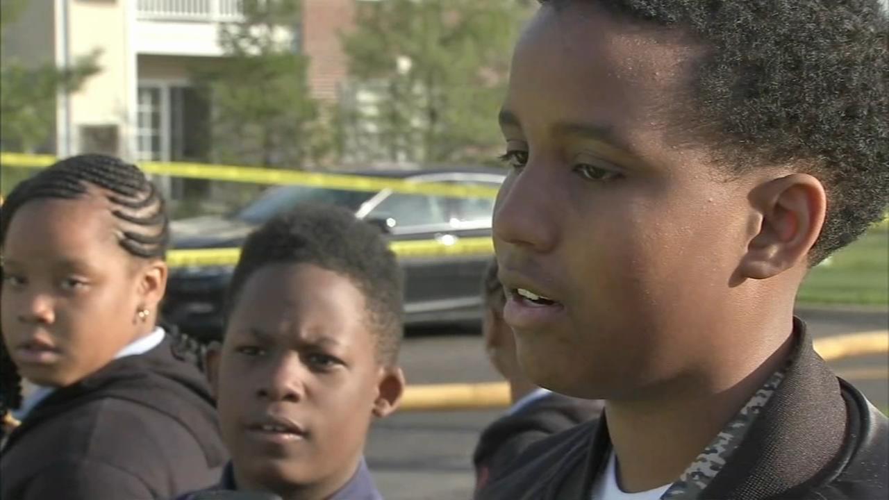 Boys knock on doors to alert neighbors of fire