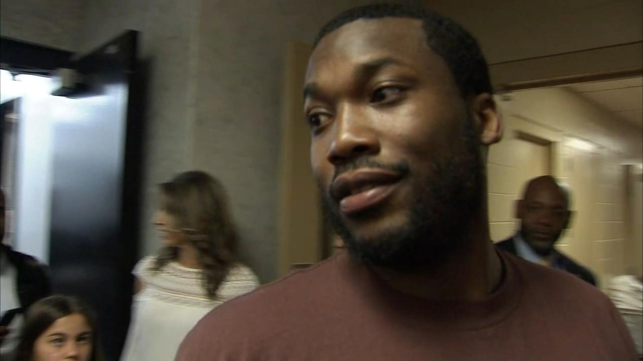 Meek Mill released from Prison, attends Sixers game
