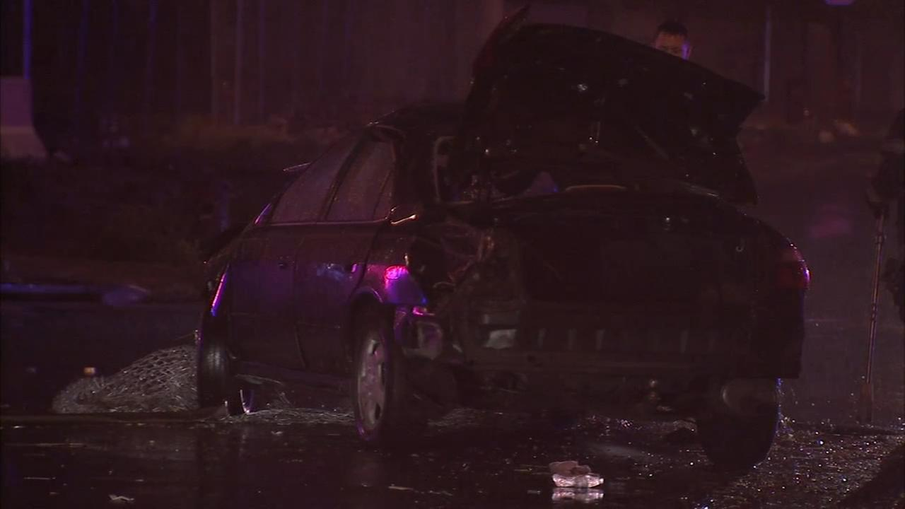 2 people injured in stolen car crash
