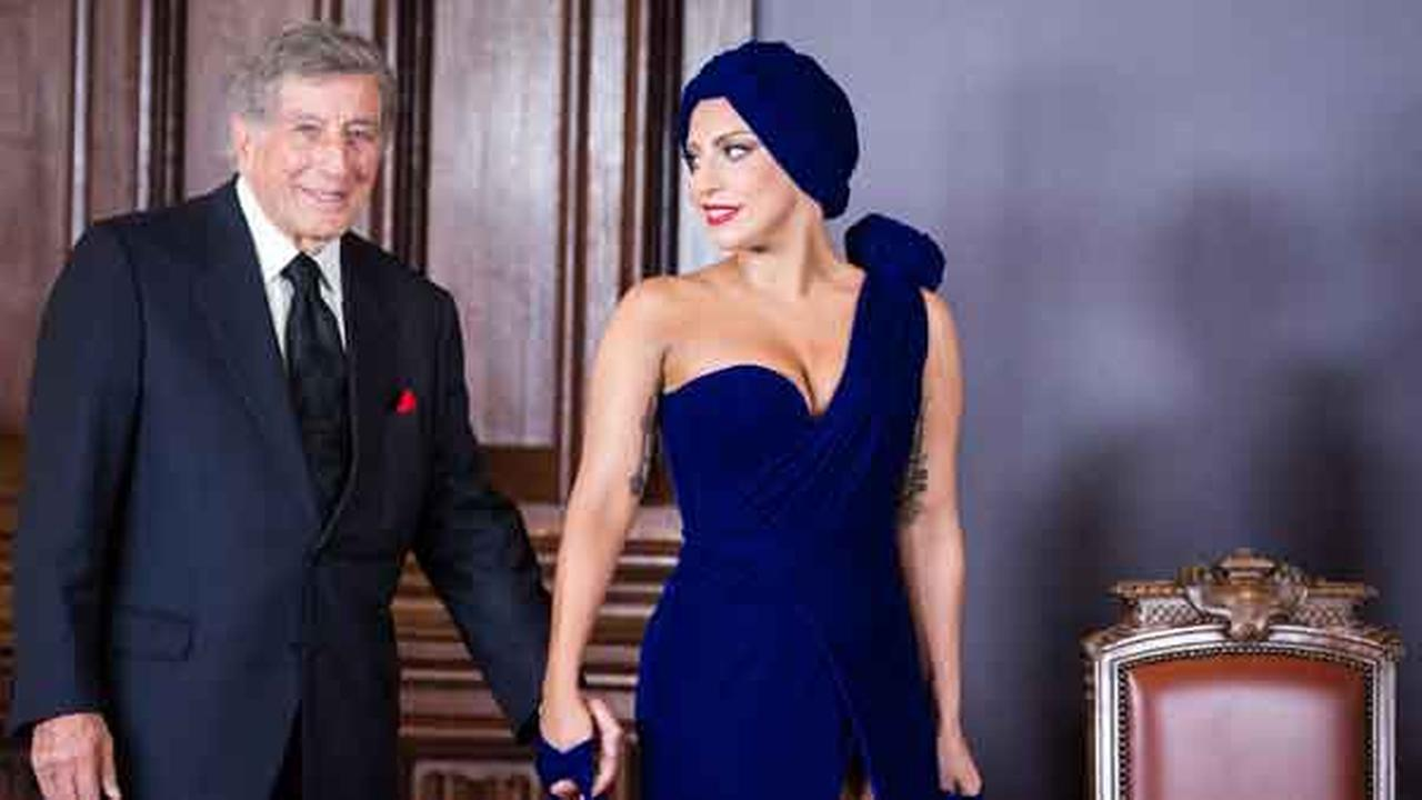 Lady Gaga, right, and Tony Bennett arrive for a media event at the Brussels city hall on Monday, Sept. 22 , 2014.