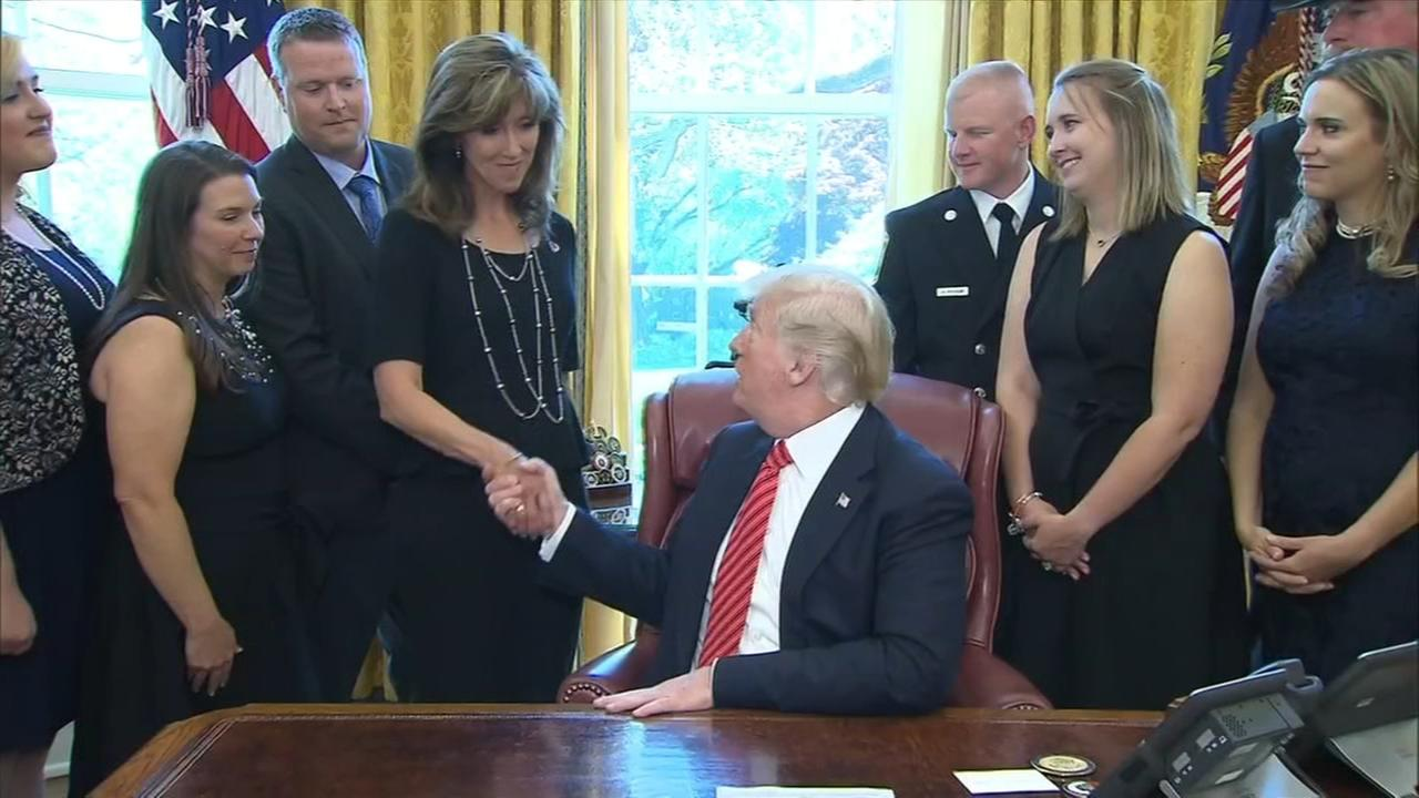 Trump honors crew of ill-fated Southwest Airlines Flight 1380