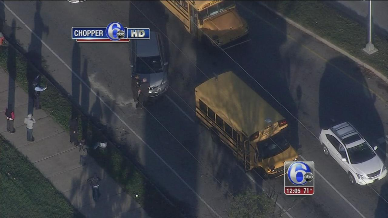VIDEO: 2 hurt in SW Philly school bus crash