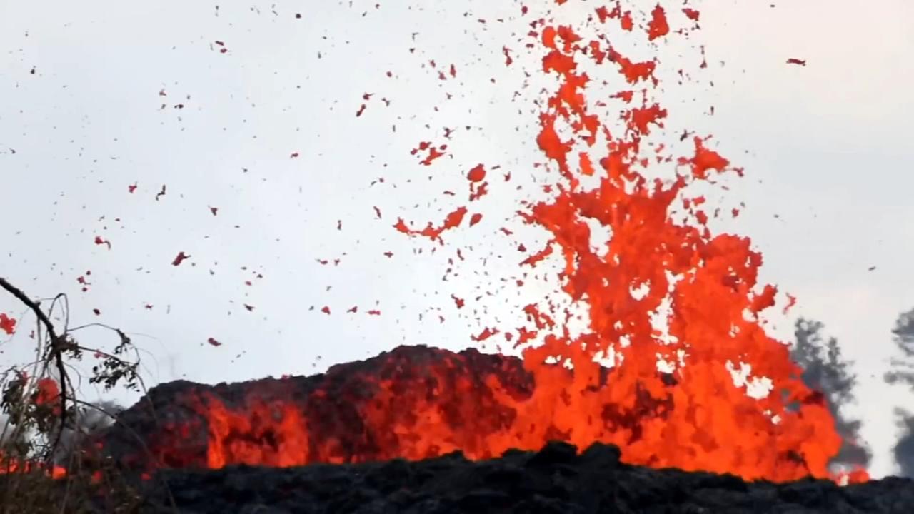 Homeowners scramble as Hawaii volcano spews ash, lava