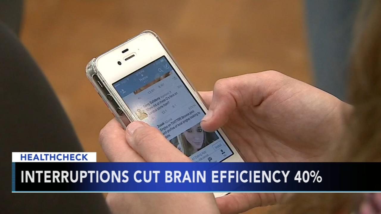 Smartphones change brain circuitry, says expert