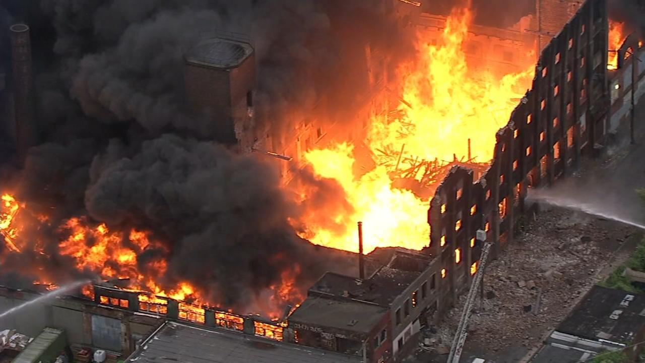 Firefighters battle 5-alarm factory blaze in North Philadelphia