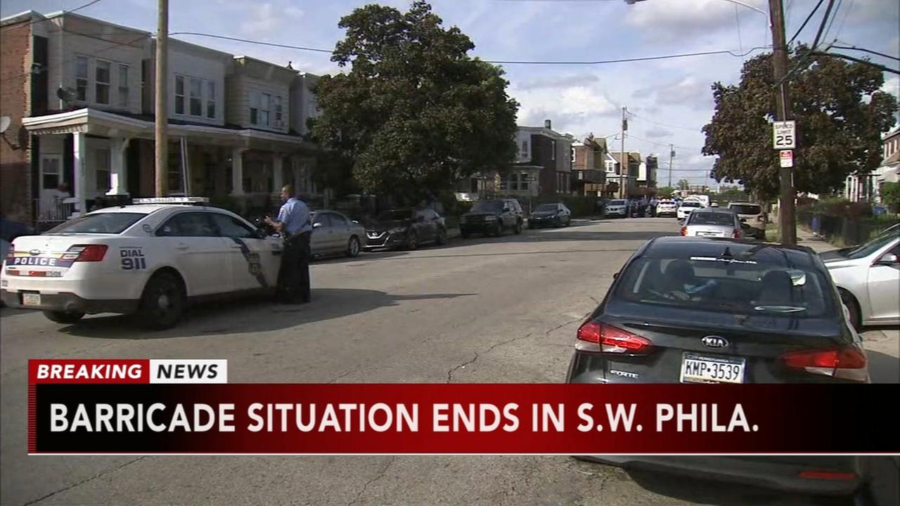 Barricade situation ends in SW Philadelphia