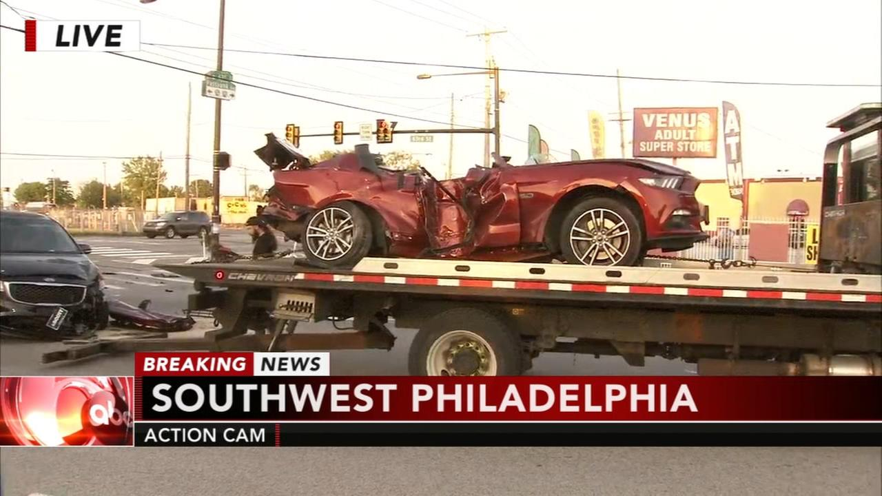 1 dead in violent hit-and-run crash in SW Philadelphia