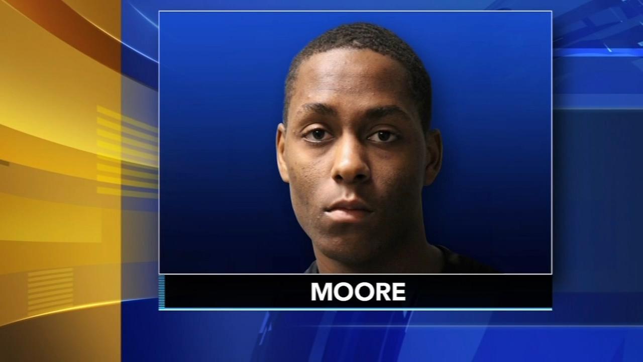 Police: Student brandished gun in Delaware school bathroom
