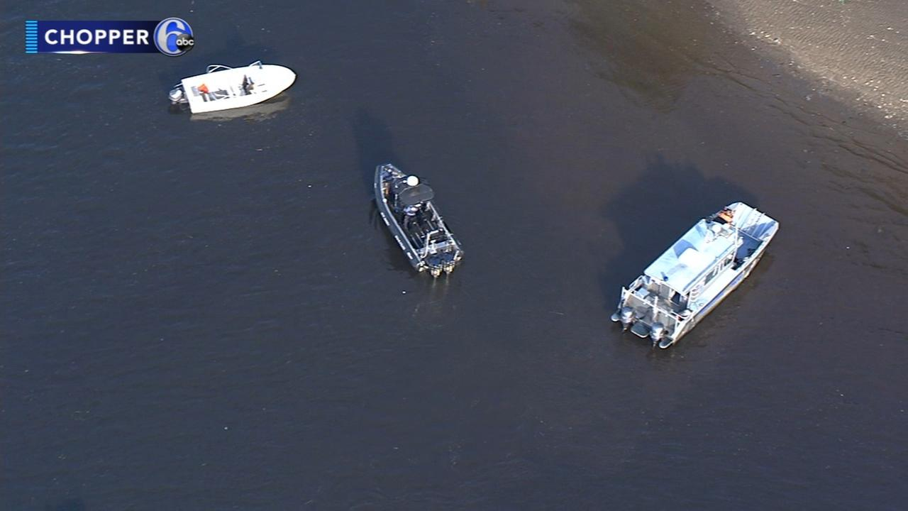 Search continues for missing boater in Delaware River