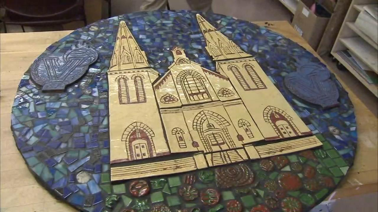 Radnor H.S. students put finishing touches on mosaic piece