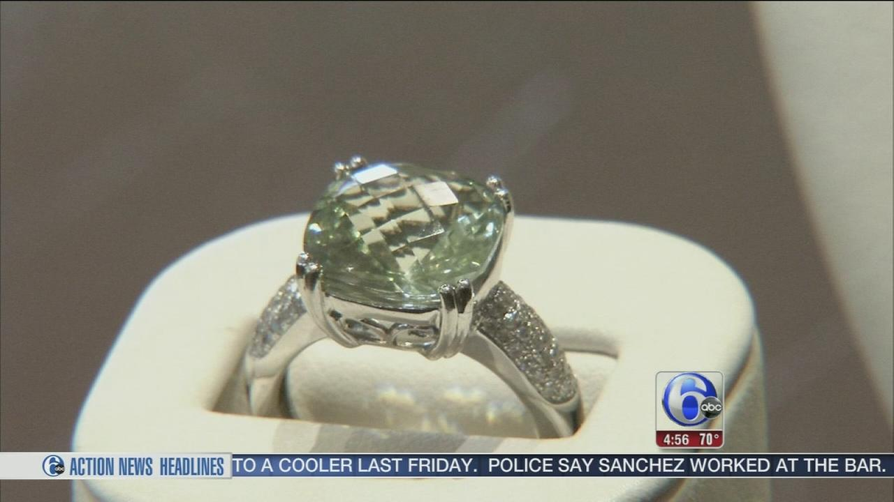 VIDEO: Bernie Robbins offering big deals on jewelry