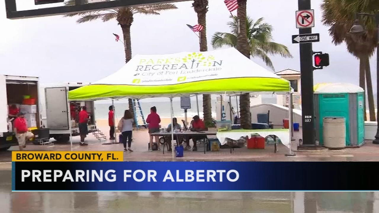 US states prepare as Subtropical Storm Alberto heads north
