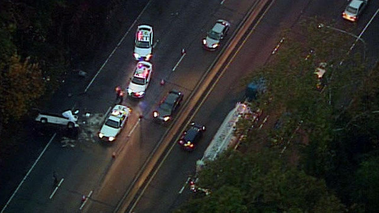 PHOTOS: Deadly crash on the Schuylkill Expressway