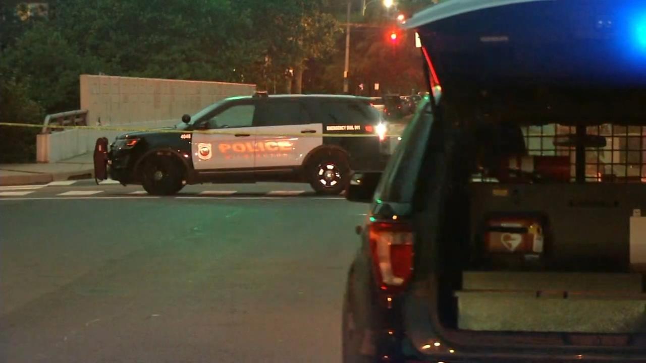 4 people stabbed in Wilmington