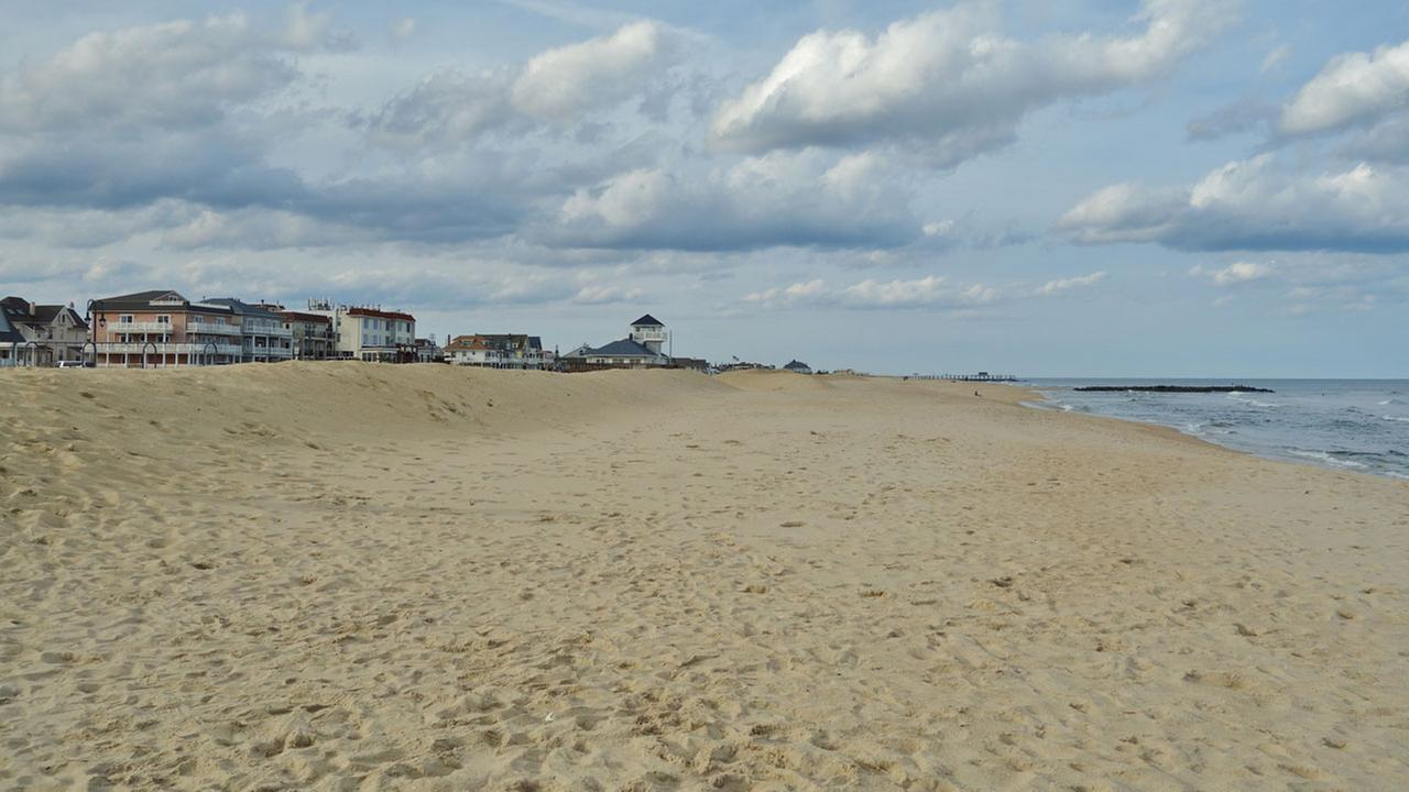 Raw sewage exposure forces closure of Jersey shore beach