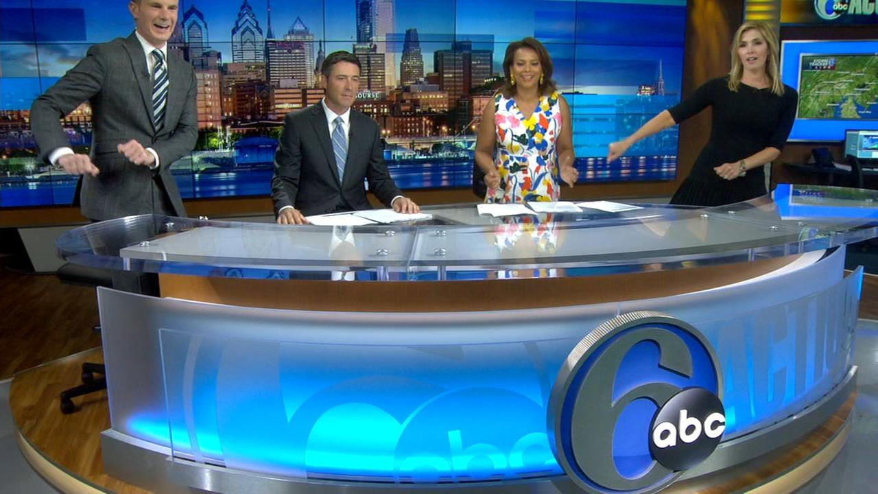 Action News Morning Team tries The Floss Dance